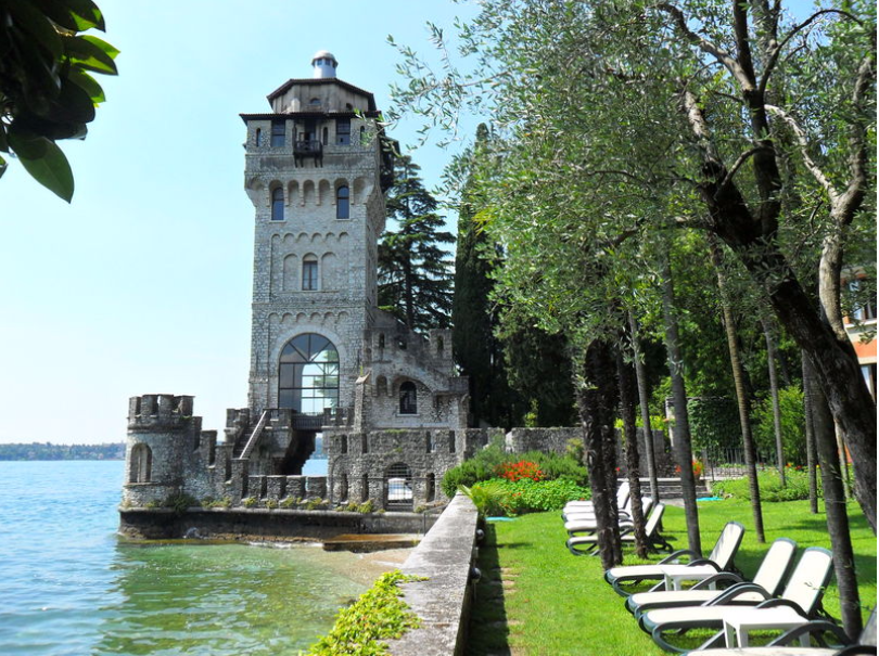 Castle Tower Wedding on Lake Garda