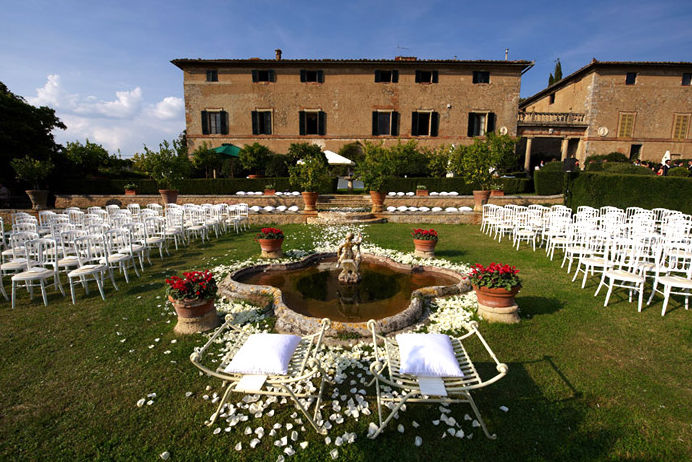 A Wedding With a View – Borgo di Stomennano in Tuscany