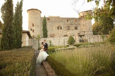 Castello-di-Meleto-Exterior-day-e1373700510648