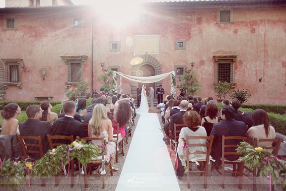 Mona Lisa's Villa in Tuscany for Your Wedding!