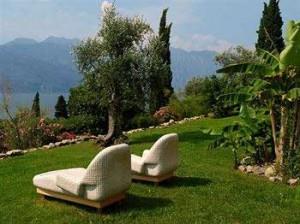 Church wedding at Bellevue Hotel Malcesine Lake Garda