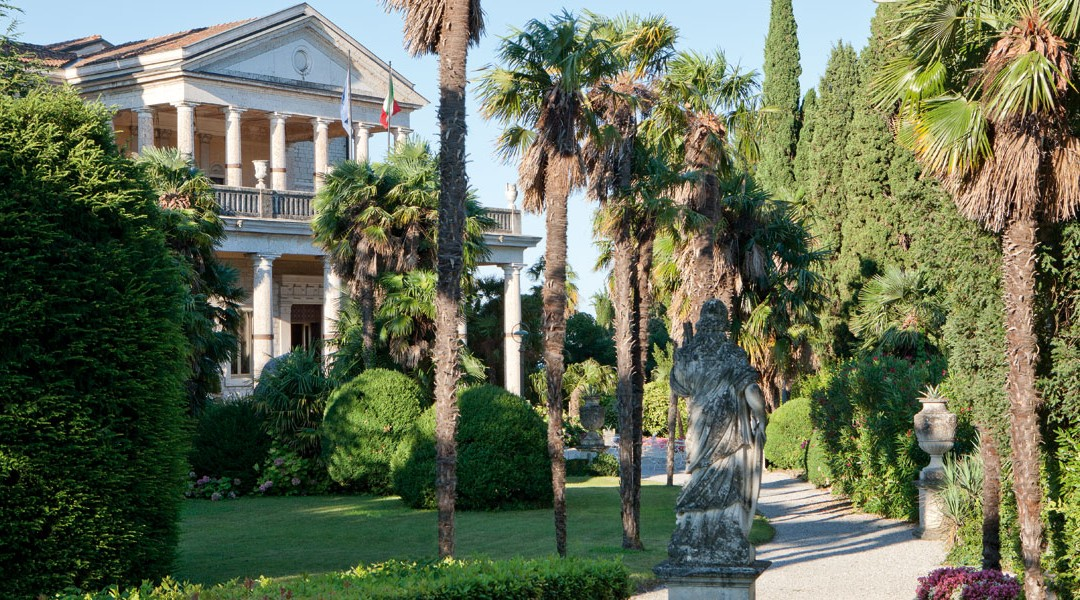 Luxury villa wedding at Lake Garda