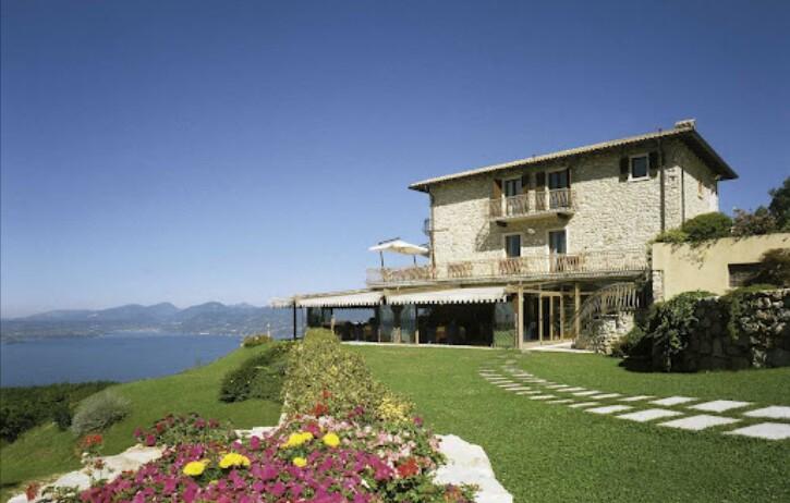 Wedding overlooking Lake Garda