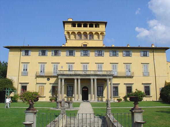 Luxury Villa in Florence 2