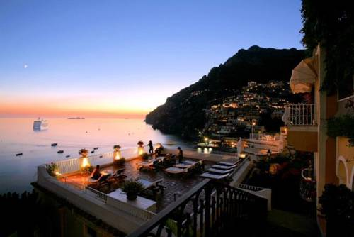 Wedding overlooking Sea in Positano