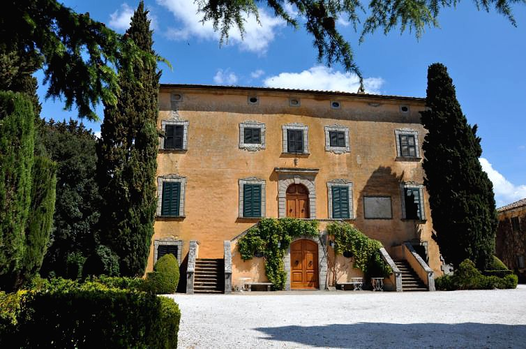 T25 Wedding Venue Tuscany