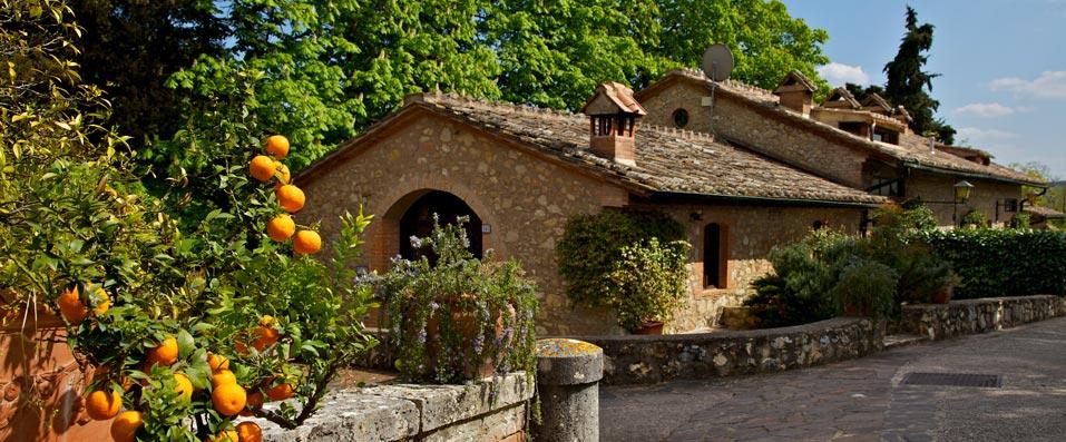 Beautiful Wedding villa near Siena