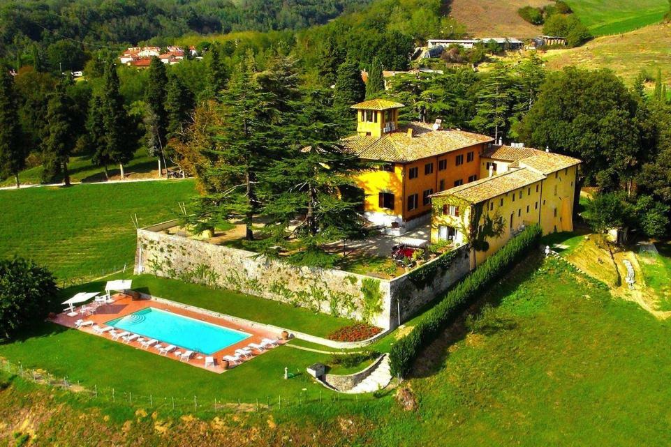 Gorgeous wedding villa near Florence, Italy