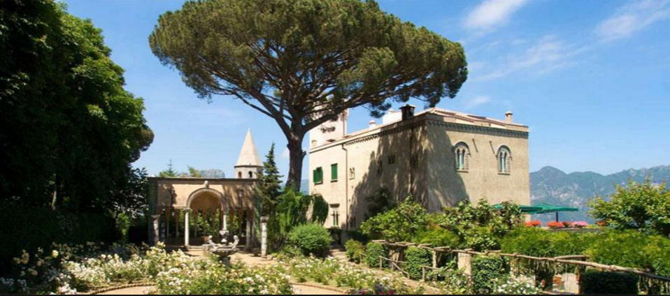 Beautiful wedding overlooking Amalfi Coast