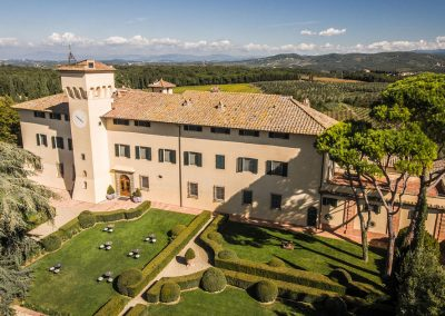 wedding venue near Florence Italy with church T35